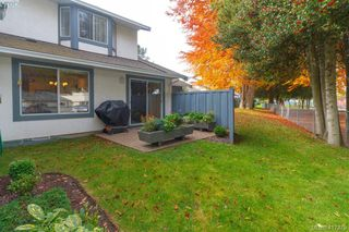 Photo 24: 40 2147 Sooke Rd in VICTORIA: Co Wishart North Row/Townhouse for sale (Colwood)  : MLS®# 827827