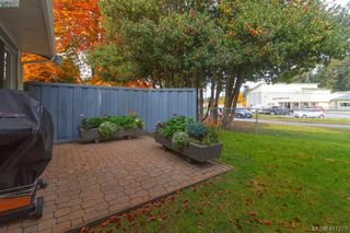 Photo 25: 40 2147 Sooke Rd in VICTORIA: Co Wishart North Row/Townhouse for sale (Colwood)  : MLS®# 827827