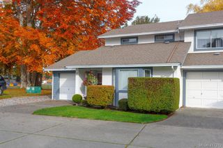 Photo 2: 40 2147 Sooke Rd in VICTORIA: Co Wishart North Row/Townhouse for sale (Colwood)  : MLS®# 827827