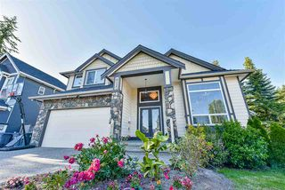 Photo 1: 6020 131A Street in Surrey: Panorama Ridge House for sale : MLS®# R2422112