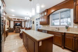 Photo 11: 6020 131A Street in Surrey: Panorama Ridge House for sale : MLS®# R2422112