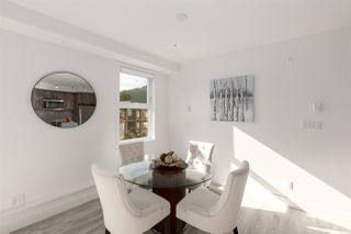 """Photo 7: 401 38013 THIRD Avenue in Squamish: Downtown SQ Condo for sale in """"THE LAUREN"""" : MLS®# R2426960"""