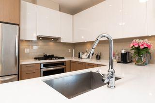 "Photo 6: 605 5399 CEDARBRIDGE Way in Richmond: Brighouse Condo for sale in ""Riva By Onni"" : MLS®# R2427357"