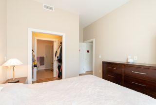 "Photo 17: 605 5399 CEDARBRIDGE Way in Richmond: Brighouse Condo for sale in ""Riva By Onni"" : MLS®# R2427357"