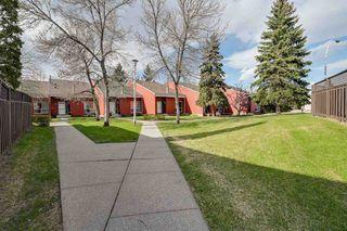 Photo 4: 615 MILLBOURNE Road E in Edmonton: Zone 29 Townhouse for sale : MLS®# E4197493