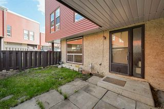 Photo 5: 615 MILLBOURNE Road E in Edmonton: Zone 29 Townhouse for sale : MLS®# E4197493