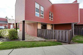 Photo 3: 615 MILLBOURNE Road E in Edmonton: Zone 29 Townhouse for sale : MLS®# E4197493