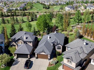 Photo 1: 215 PANORAMA HILLS Road NW in Calgary: Panorama Hills Detached for sale : MLS®# C4298016