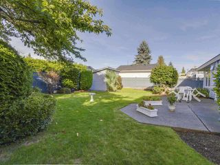 Photo 3: 1329 REGAN Avenue in Coquitlam: Central Coquitlam House for sale : MLS®# R2461372