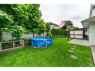 "Photo 40: 6448 188A Street in Surrey: Cloverdale BC House for sale in ""CHARTWELL"" (Cloverdale)  : MLS®# R2463466"