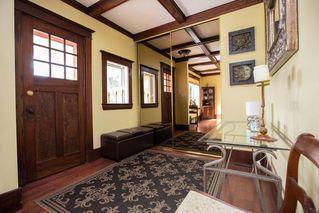 Photo 3: 692 Kildonan Drive in Winnipeg: Fraser's Grove Residential for sale (3C)  : MLS®# 202023058