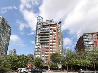 "Main Photo: 10A 199 DRAKE Street in Vancouver: Yaletown Condo for sale in ""Concordia 1"" (Vancouver West)  : MLS®# R2528895"