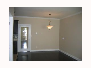 Photo 4: 332 E 4TH Street in North Vancouver: Lower Lonsdale House 1/2 Duplex for sale : MLS®# V818797