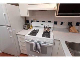 "Photo 9: 402 688 E 16TH Avenue in Vancouver: Fraser VE Condo for sale in ""VINTAGE EASTSIDE"" (Vancouver East)  : MLS®# V833214"