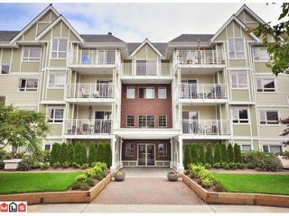 """Photo 10: 108 20189 54TH Avenue in Langley: Langley City Condo for sale in """"Catalina Gardens"""" : MLS®# F1025178"""