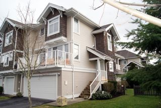 "Photo 1: 35 20771 DUNCAN Way in Langley: Langley City Townhouse for sale in ""WYNDHAM LANE"" : MLS®# F1100640"