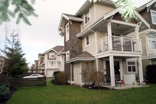 "Photo 11: 35 20771 DUNCAN Way in Langley: Langley City Townhouse for sale in ""WYNDHAM LANE"" : MLS®# F1100640"