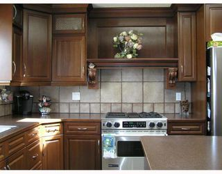 Photo 5: 9 GLENWOOD Bay: Cochrane Residential Detached Single Family for sale : MLS®# C3376080