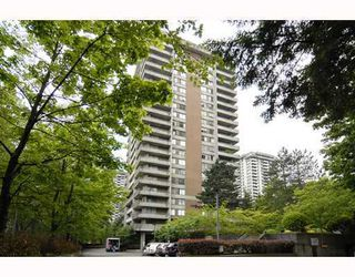 "Photo 1: 906 3771 BARTLETT Court in Burnaby: Sullivan Heights Condo for sale in ""TIMBERLEA"" (Burnaby North)  : MLS®# V776369"