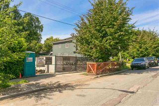 Photo 16: 558 E 20TH Avenue in Vancouver: Fraser VE House for sale (Vancouver East)  : MLS®# R2404606