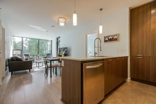 """Photo 5: 306 301 CAPILANO Road in Port Moody: Port Moody Centre Condo for sale in """"THE RESIDENCES"""" : MLS®# R2438705"""
