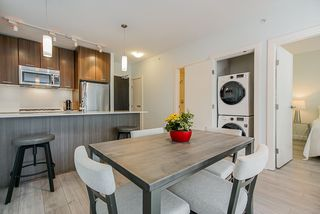 """Photo 8: 306 301 CAPILANO Road in Port Moody: Port Moody Centre Condo for sale in """"THE RESIDENCES"""" : MLS®# R2438705"""