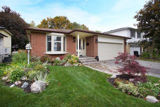 Photo 1: 692 Aruba Crescent in Oshawa: Northglen House (Backsplit 4) for sale : MLS®# E4714482