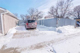 Photo 29: 312 Le Maire Street in Winnipeg: Grandmont Park Residential for sale (1Q)  : MLS®# 202005884