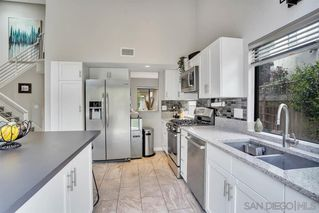 Photo 11: LINDA VISTA Townhome for sale : 3 bedrooms : 6376 Caminito Del Pastel in San Diego