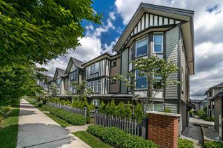 """Photo 2: 93 8050 204 Street in Langley: Willoughby Heights Townhouse for sale in """"ASHBURY + OAK"""" : MLS®# R2462104"""