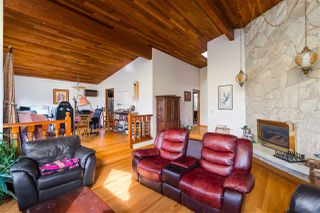 Photo 2: 2475 E 4 Avenue in Vancouver: House for sale (Vancouver East)  : MLS®# R2437732