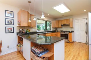Photo 14: 8714 Forest Park Dr in North Saanich: NS Dean Park House for sale : MLS®# 844492
