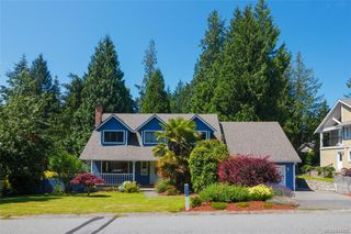 Photo 2: 8714 Forest Park Dr in North Saanich: NS Dean Park House for sale : MLS®# 844492