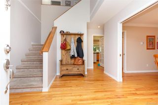 Photo 7: 8714 Forest Park Dr in North Saanich: NS Dean Park House for sale : MLS®# 844492