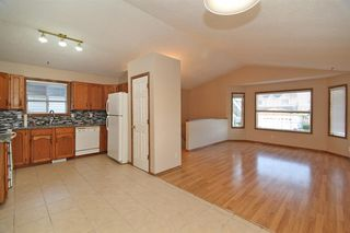 Photo 5: 87 SAN DIEGO Place NE in Calgary: Monterey Park Detached for sale : MLS®# A1019897