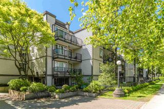 "Photo 2: 311 1040 E BROADWAY in Vancouver: Mount Pleasant VE Condo for sale in ""Mariner Mews"" (Vancouver East)  : MLS®# R2504860"