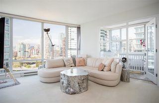 Photo 2: 1806 1438 RICHARDS STREET in Vancouver: Yaletown Condo for sale (Vancouver West)  : MLS®# R2265131