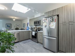 "Photo 10: 406 15210 PACIFIC Avenue: White Rock Condo for sale in ""OCEAN RIDGE"" (South Surrey White Rock)  : MLS®# R2527441"