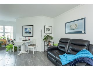"Photo 4: 406 15210 PACIFIC Avenue: White Rock Condo for sale in ""OCEAN RIDGE"" (South Surrey White Rock)  : MLS®# R2527441"