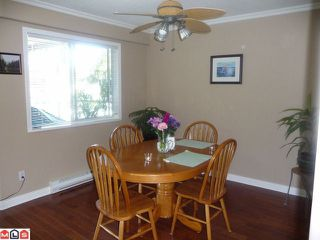 "Photo 5: 404 15941 MARINE Drive: White Rock Condo for sale in ""The Heritage"" (South Surrey White Rock)  : MLS®# F1024233"