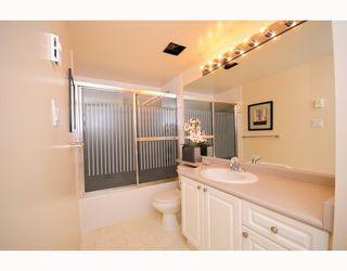 """Photo 7: 117 5880 DOVER Crescent in Richmond: Riverdale RI Condo for sale in """"WATERSIDE"""" : MLS®# V760760"""