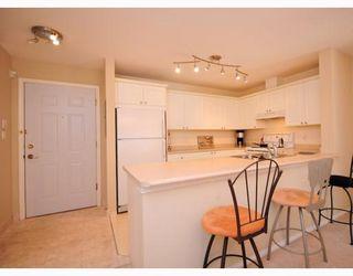 """Photo 3: 117 5880 DOVER Crescent in Richmond: Riverdale RI Condo for sale in """"WATERSIDE"""" : MLS®# V760760"""