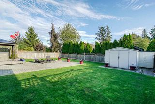 Photo 4: 26972 24A Avenue in Langley: Aldergrove Langley House for sale : MLS®# R2402454