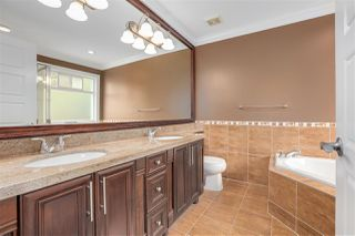 Photo 13: 17699 101A Avenue in Surrey: Fraser Heights House for sale (North Surrey)  : MLS®# R2417966