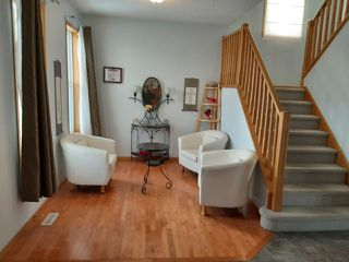 Photo 7: 9904 144 Avenue in Edmonton: Zone 27 House for sale : MLS®# E4186602