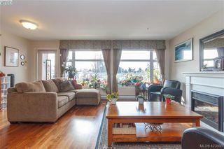 Photo 6: 307 1510 Hillside Avenue in VICTORIA: Vi Hillside Condo Apartment for sale (Victoria)  : MLS®# 423860