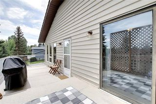 Photo 17: 4 STRATHBURY Circle SW in Calgary: Strathcona Park Detached for sale : MLS®# C4301110