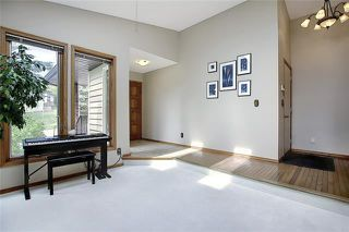 Photo 5: 4 STRATHBURY Circle SW in Calgary: Strathcona Park Detached for sale : MLS®# C4301110