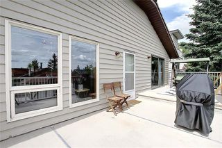 Photo 15: 4 STRATHBURY Circle SW in Calgary: Strathcona Park Detached for sale : MLS®# C4301110