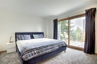 Photo 18: 4 STRATHBURY Circle SW in Calgary: Strathcona Park Detached for sale : MLS®# C4301110